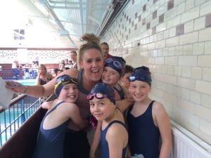 swim-team-girls-relay-team